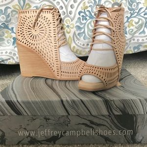 NWT Jeffrey Campbell Rayos Perforated Wedges